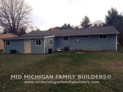MId Michigan Family Builders Driveway & Siding Project 04 26 18 03