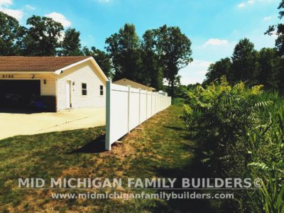 Mid MIchigan Family Builders Vinyl Fence Project 07 03 2018 02
