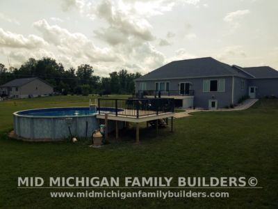 Mid Michigan Family Builders Composite Deck With Metal Railings 08 01 2018 03