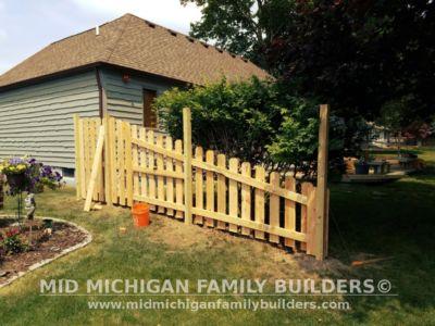 Mid Michigan Family Builders Custom Hand Built Cedar Shadow Box Fence 06 25 2018 04