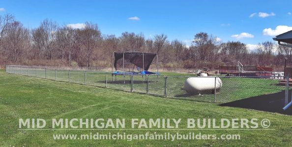 Mid Michigan Family Builders Fence Project 04 2021 04 03