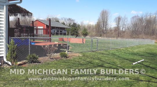 Mid Michigan Family Builders Fence Project 04 2021 04 04