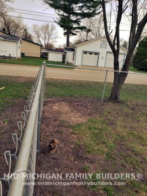 Mid Michigan Family Builders Fence Project 04 2021 05 02