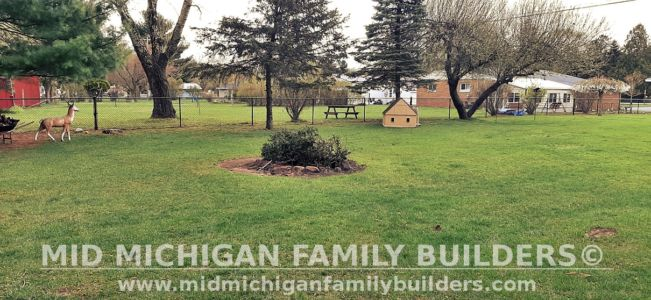 Mid Michigan Family Builders Fence Project 04 2021 06 06