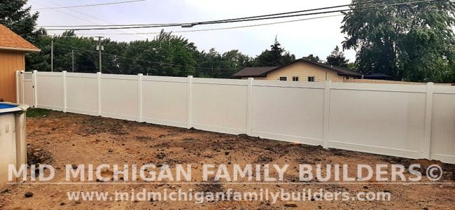 Mid Michigan Family Builders New Fence Project 08 2021 06 03