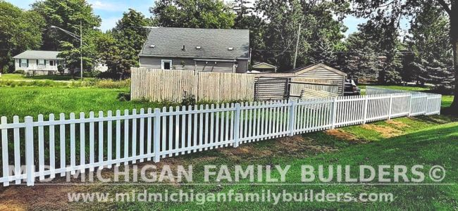 Mid Michigan Family Builders New Fence Project 08 2021 08 02