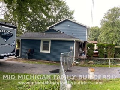 Mid Michigan Family Builders New Roof and Siding Project 09 2021 03 05