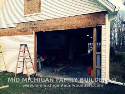 Mid Michigan Family Builders New Window And Garage Door Project 12 2018 01