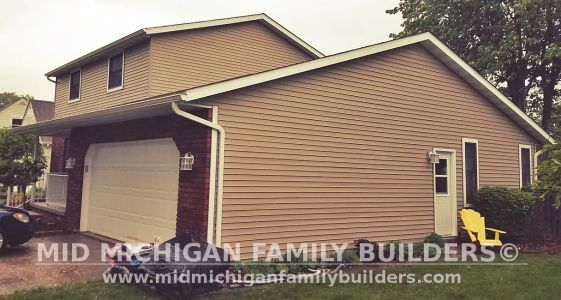 Mid Michigan Family Builders Roof Siding Sofitt Facia Pool Deck Window Casings Gutters Porch Railing Picture Window 06 2019 01 03