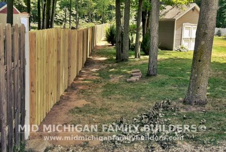 Mid Michigan Family Builders Shadow Box Fence Project 07 2020 01 03
