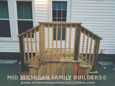 Mid Michigan Family Builders Small Deck Project 12 2018 05