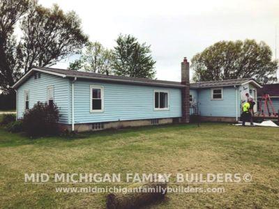 Mid Michigan Family Builders Vinyl Siding 06 11 2018 02