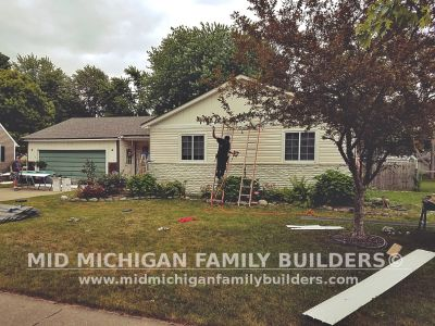Mid Michigan Family Builders Vinyl Siding Project 08 2019 01