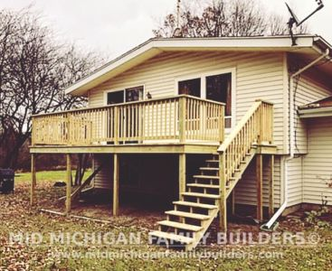 Mid Michigan Famnily Builders Deck Project 11 2018 05