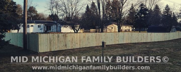 Mid Michigan family Builders Wooden Fence Project 01 2019 01