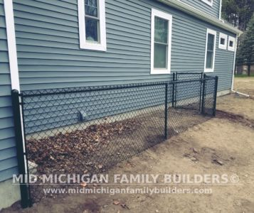 Mid Michigan Family Builders Wooden And Metal Fence Project 04 2019 01 04