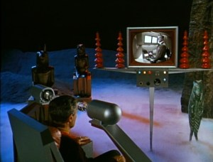 lost-in-space-the-prisoners-of-space