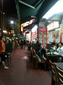 i like eating at simple eateries like these