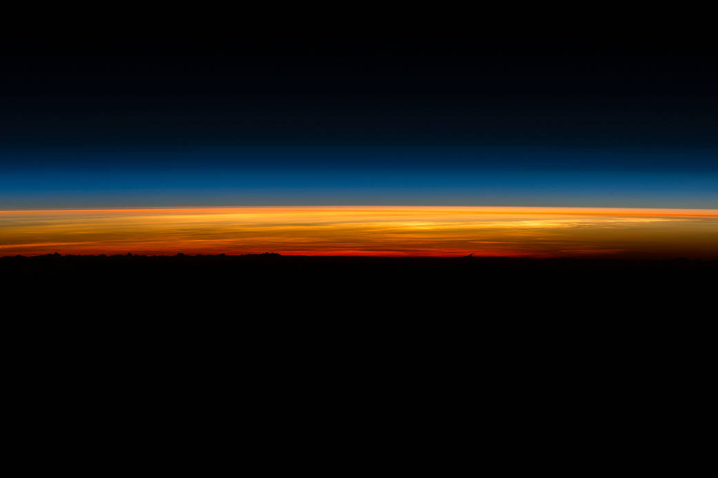 Last sunrise from a year in space