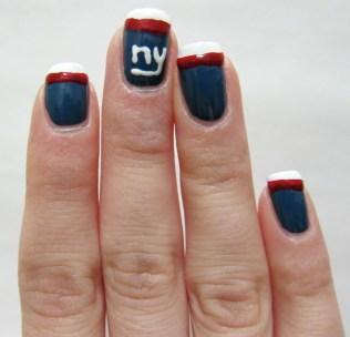 NY Giants Nail Art