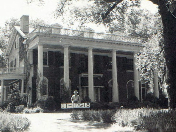A home Valentine Road and Bellevue in 1940.