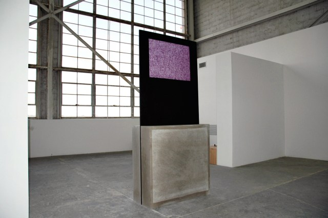 Grosses Fenster, 2005. Straw silk-paper, acrylic paint, stain, wax, plywood, Indiana limestone. 95 ½ x 42 ¾ x 18 ¼ inches.