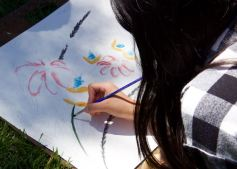 Studio art students working on Be One with Nature: Painting your Surrounding - Jane Ryder (IA)