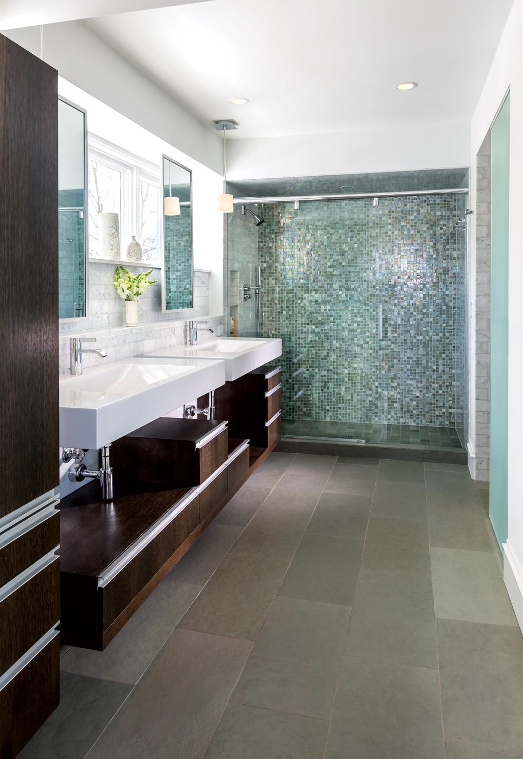 Melines_Bathroom_X