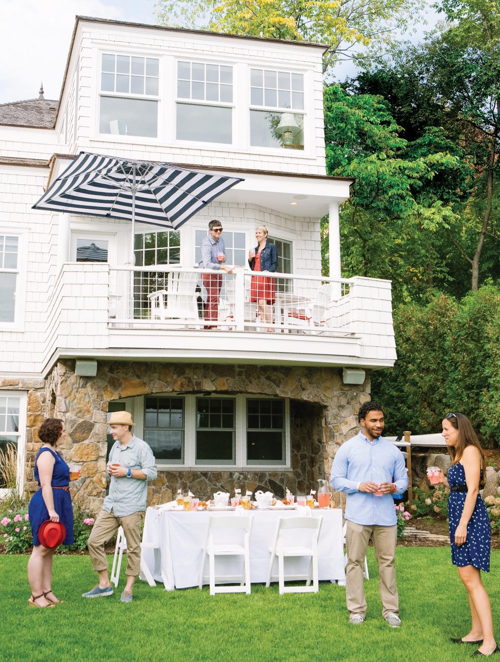 Crawfish-Feast_Outdoor-Summer-Entertaining-Home-Exterior