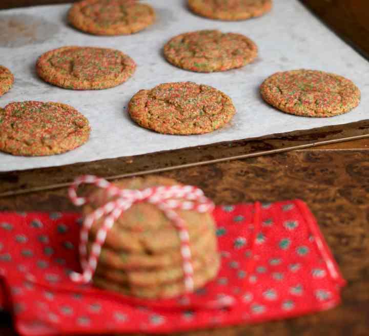 Chewy molasses cookies | www.midwestniceblog.com