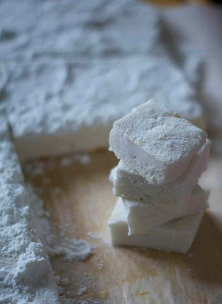 peppermint marshmallows | www.midwestniceblog.com