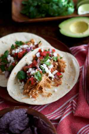 Slow Cooker Salsa Chicken Tacos | via Midwest Nice Blog