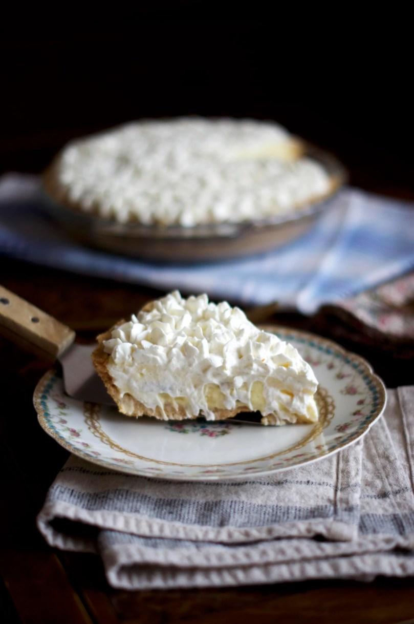 Banana Cream Pie | via Midwest Nice Blog