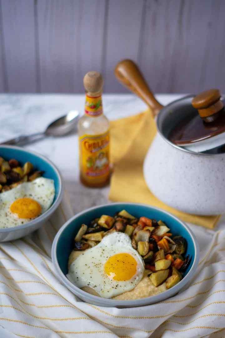 Cheesy Grit Breakfast Bowls