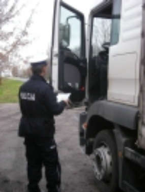 arch.-2012-02-15-glogowska-policja-01