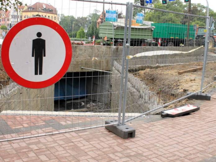 2013-09-14-remont-przejscia-podziemnego@glogow-(fot.D.Jeczmionka)-01