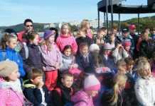 2013-10-16-dzieci-z-gminy-kotla-wrociy-z-zielonej-szkoly-01-