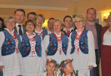 2013-11-18-zespol-Chaber-na-scenie-Opery-Wroclawsiej@Wroclaw-1465218_465434243578322_877046289_n-001