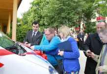 zdjęcie 2014-05-15-przekazanie-nowych-busów-dla-osób-niepełnosprawnych-@Głogów-001