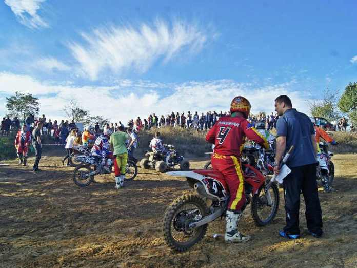 zdjęcie 2014-10-23-tor motocrossowy@Gaworzyce-num