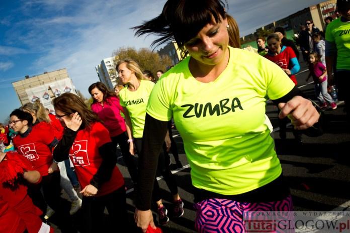 2014-11-08 Maraton Zumba Fitness Tańcz i pomagaj @Parking Tesco (fot.P.Dudzicki) 30