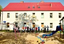"""2015-06-19 Polkowice: Dzieci ze """"Skarbka"""" wyjadą na wakacje (fot. PS SKarbek)"""
