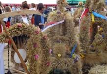 2015-08-24 Rolnicy z gminy Kotla podziękowali z plony @Dożynki w Sobczycach (fot. A. Błaszczyk) 4