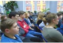 Gimnazjum w Nielubi spotkanie dotyczące dopalaczy 2016 r.