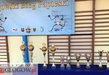 TutajGLOGOW.pl Biegacze w Głogowie pamiętają - V Bieg Papieski 2017 - nagrody puchary