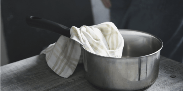 wet toweling helps reduce fever