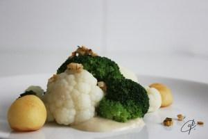 Brocoli y coliflor con patatas avellana