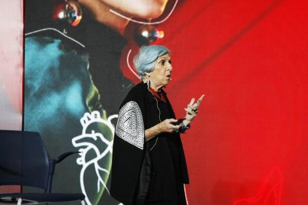 """""""En la moda, lo presencias vence a lo virtual"""": ANNA FUSSONI"""