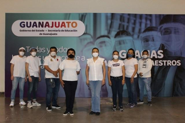 Ya hay PROFESORES y personal educativo VACUNADO en GUANAJUATO