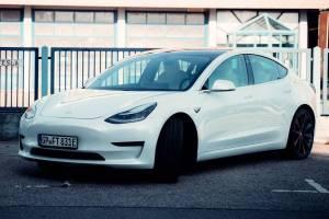 Tesla Model 3 mieten Göppingen